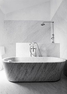 white marble inspirations - Carrara marble bathtub- bathroom design by Joseph Dirand Bad Inspiration, Bathroom Inspiration, Bathroom Spa, Bathroom Interior, Family Bathroom, Small Bathroom, Marble Bathtub, Carrara Marble, Gray Marble
