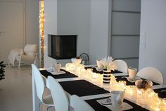 Joulu | All you need is White Table Settings, Interior, Room, Tables, Decoration, Tableware, Christmas, Bedroom, Mesas