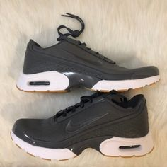 best website 82f2a 86250 Nike Air Max Jewell Dark Grey Women's Shoes Brand new in Nike box-no lid