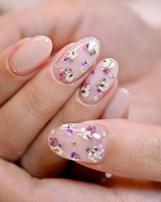 Apr 2020 - 46 Popular Nail Art Ideas For Summer To Try In 2019 - Have you found your nails lack of some fashionable nail art? Yes, recently, many girls personalize their fingernails with beautiful nail design to dec. Cute Acrylic Nails, Cute Nails, Pretty Nails, My Nails, Glitter Nails, Gorgeous Nails, Flower Nail Designs, Nail Art Designs, Nails Design