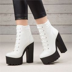 Loput beyaz deri kaln tabanl bot highheelboots highheels stylish 33 outstanding fall outfits ideas for women to copy in 2019 outfits con botines 33 outstanding fall outfits ideas for women to copy in 2019 High Heel Boots, Shoe Boots, High Heels, Shoes Heels, Mode Blog, Ankle Straps, Buy Shoes, White Leather, Girls Shoes