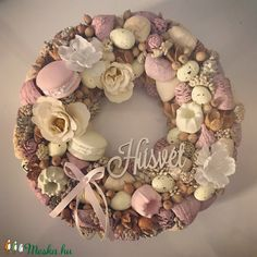 Flower Boxes, Flowers, Ornament Wreath, Easter Crafts, Burlap Wreath, Stuff To Do, Diy And Crafts, Floral Wreath, Shabby Chic