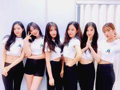 Apink Asia Tour in Bangkok 2017 Kpop Girl Groups, Korean Girl Groups, Kpop Girls, Boy Groups, These Girls, Cute Girls, Asian Woman, Asian Girl, Eunji Apink