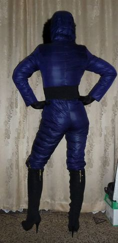 Downsuit blue...