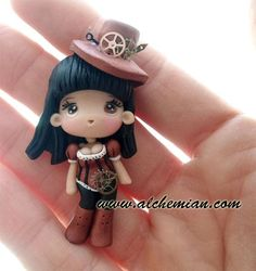 Hand picked polymer clay tutorials: Flowers, Jewlerry, Office decor, Preasents, Sweets, Wedding and much more.