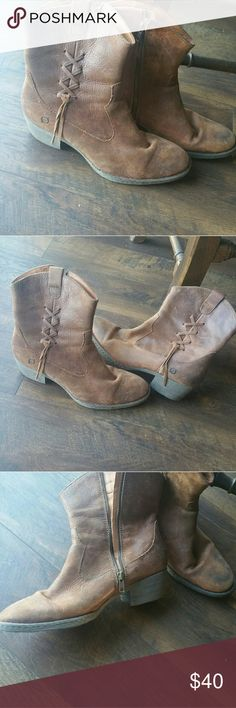 !!!1 HR Sale!!!Rustic Born Boots Preowned good condition boots Born Shoes Winter & Rain Boots