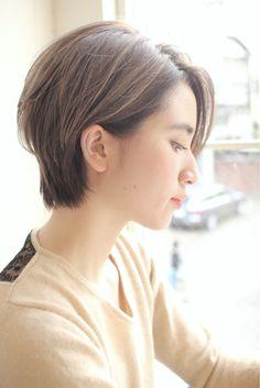 横顔こそショートヘアの魅力★