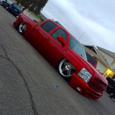 #tuckintuesday #introwheels #bodydropped #candyapplered #chevysilverado #myboo #IDS