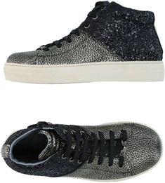 LIU JO GIRL Sneakers. #girlsfashion #shoes #sneakers #liujo #liujogirls #fashion #girls #childrensfashion