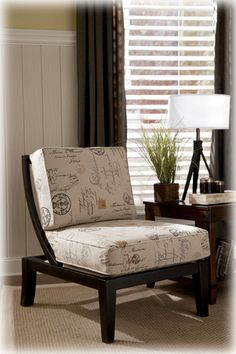Beautiful Accent Chair with Old World Charm. Comfortable seating with a elegant look.