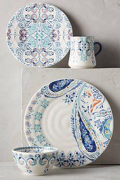 Swirled Symmetry Dinnerware