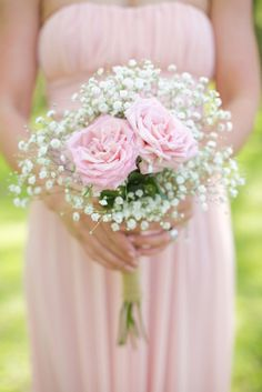 Classic soft pink roses and baby's breath. Source: Live View Studios #pinkroses #bouquets #bridesmaids