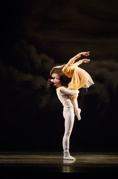 Jennifer Kronenberg and Carlos Guerra in Romeo and Juliet Ballet Photo © Kyle Froman