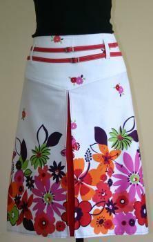 mod retro 60s 70s fashion floral pleated skirt  Patron gratuit à télécharger. Free PDF pattern