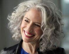 Grey Curly Hair, Silver Grey Hair, Short Grey Hair, Curly Hair Cuts, Curly Hair Styles, Long Curly, Medium Curly, Thin Hair, Bob Haircuts For Women