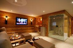 Gasteiger Bad / Kitzbühel / Wellness - Sauna, baño de vapor, piscina e hidromasaje Bath Swimming Pool, Pool Spa, Home Spa Room, Spa Rooms, Sauna House, Sauna Room, Saunas, Piscina Spa, Sauna Shower
