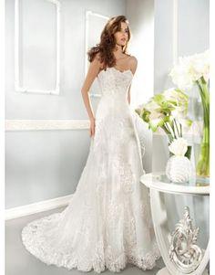 A-linie Romantische Elegante Brautkleider aus Softnetz mit Blumen