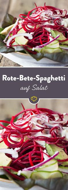 Salat aus Rote-Bete-Spaghetti, Avocado und Ziegenfrischkäse With a spiral cutter you bring vegetables in noodle form. Beetroot with wafer-thin cucumber strips, avocado and goat cheese combined – ready to go! No Carb Recipes, Raw Food Recipes, Veggie Recipes, My Recipes, Healthy Recipes, Go Veggie, Spiralizer Recipes, Goat Cheese Salad, Avocado
