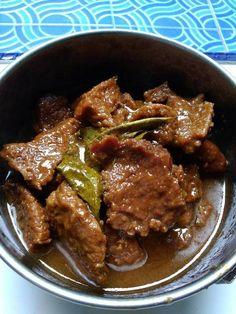 Semur daging sapi empuk simpel by Ummu husain Quinoa Recipes Easy, Vegetarian Recipes Dinner, Pork Recipes, Chicken Recipes, Cooking Recipes, Easy Sauce Recipe, Sambal Recipe, Malay Food, Indonesia