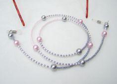 Brillenkette ▼grau + rosa△  von glanzundgeschmeide auf DaWanda.com