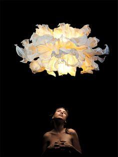 Fandango Lamp by Danny Fang. La tienen en Downtown Living. Panama