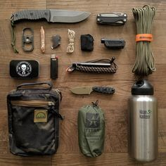 15 Items for your ultimate bug out bag list – Lightweight and Multifunctional – … – jamar phelps 052 – bushcraft camping Bushcraft Camping, Bushcraft Gear, Camping Tools, Camping Stove, Camping Survival, Outdoor Survival, Camping Gear, Outdoor Camping, Survival Backpack