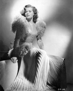 Vintage Glamour Girls: Janis Paige