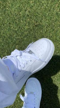 Tenis Air Force, Nike Air Force, Air Force One, High Heel Sneakers, Sneaker Heels, High Heels, Sneakers Nike, White Nike Shoes, Nike Air Shoes