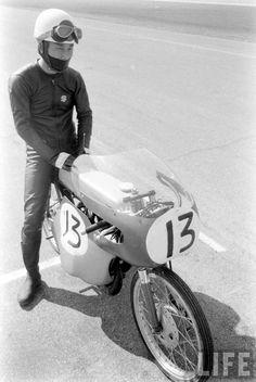 Suzuki racer