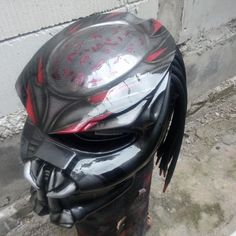 New Predator Helmet for Rider RED Color - Free Shipping   CONDITION: NEW (THIS IS MODIFIED HELMET MOTORCYCLE NOT FOR COSPLAY PURPOSE) MATERIAL: Mix CARBON FIBER 60% and MAT ROVING FIBER 40% (VERY STRONG GUARRANTEE) on Full-Faced Helmet NHK DOT&SNI ACCESSORRIS: 3 laser lamp and on/off button and 11 mm hair/dreadlocks diameter  COLOR: As seen in the picture but pattern will be slightly differ from one piece to the next. Due to all of artwork made by hand so you will receive on...