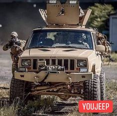 Truck Bed Camping, Truck Tailgate, Jeep Truck, Jeep Cherokee Sport, Jeep Grand Cherokee, Offroad, Jeep Wk, Jeep Xj Mods, Badass Jeep