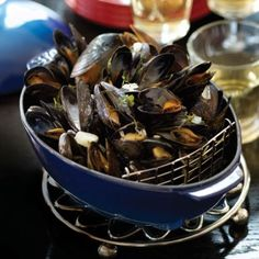 Recipes | Mussels in Cream Sauce | Sur La Table