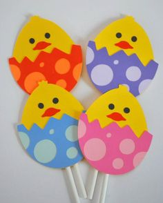 Easter Cupcake Toppers - Easter Egg Cake Toppers - Easter Chick Cupcake Picks (set of >Read more. crafts to sell simple Easter Cupcake Toppers - Easter Egg Cake Toppers - Easter Chick Cupcake Picks (s. Easter Egg Cake, Easter Art, Easter Cupcakes, Easter Crafts For Kids, Toddler Crafts, Preschool Crafts, Easter Table, Easter Crafts For Preschoolers, Easter Decor