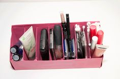 I loved having a way to organize my makeup in the order that I applied it - it cut my apply time way down cause I didn't have to dig for it.  ~Mel @ www.RaisedUrbanGardens.com