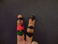 batman and robin finger art