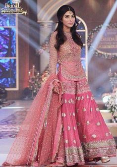 Traditional Look Pakistani Bridal Gharara Collection – Designers Outfits Collection Pakistani Wedding Outfits, Bridal Outfits, Pakistani Dresses, Indian Dresses, Indian Outfits, Pakistani Gharara, Dulhan Dress, Indian Clothes, Bridal Mehndi Designs