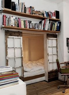 guest bedroom nook that offers guests privacy if you close the sliding door, and is an open, nook-y space otherwise. bookshelves feel off-balance to me, but yay books! Moon to Moon: Hibernation: Cosy bedroom nooks. ---- This would so be my room. Future House, Reclaimed Windows, Rustic Windows, Rustic Doors, Home Design, Interior Design, Interior Ideas, Design Design, Sleeping Nook