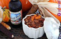 Slow Cooker Blue Moon Harvest Pumpkin Chili - Get Crocked Slow Cooker Recipes from Jenn Bare for Busy Families Pumpkin Recipes Slow Cooker, Slow Cooker Soup, Healthy Crockpot Recipes, Cooking Recipes, Beer Recipes, Soup Recipes, Pumpkin Chili, Crock Pot Cooking