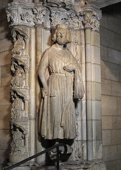 King Clovis I Date: ca. 1250 Geography: Made in Burgundy, France Culture: French Medium: Limestone with traces of paint Dimensions: Overall: 74 1/2 in. (189.2 cm) Accession Number: 40.51.1 Metropolitan Museum of Art