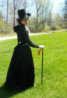 based on a 1793 fashion plate. This is the finished riding habit in black wool.