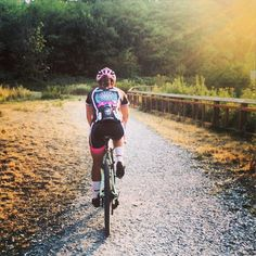 all things cycling | by @carolinedezendorf: Chasing the sun with...