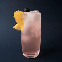 Back To Back Recept - Goda drinkar online - Drinkoteket Cocktail Drinks, Cocktail Recipes, Cocktails, Smoothies, Beverages, Food And Drink, Baking, Milkshakes, Mars
