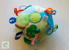 Bola para bebé, com som, texturas e cores