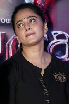 Beautifully anushka shetty lovely face