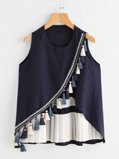 SheIn offers Contrast P… Shop Contrast Panel Tassel Trim Overlap Tank Top online. SheIn offers Contrast Panel Tassel Trim Overlap Tank Top & more to fit your fashionable needs. Fashion Wear, Look Fashion, Indian Fashion, Fashion Dresses, Fashion Design, Kurta Designs, Blouse Designs, Stylish Dresses, Trendy Outfits