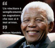 Nelson Mandela un Sognatore Foto Einstein, Nelson Mandela Quotes, Words Quotes, Sentences, Wisdom, Thoughts, Humor, Motivation, Ratatouille