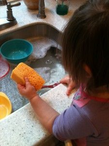 75 TV Free Activities For Toddlers...So many that are so simple, my problem is I usually don't let the kids do chores, maybe I should. I make them clean up after themselves, but them doing dishes just seems to make more mess.... Gotta get over my want to not be messy