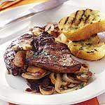 Grilled liver with mushrooms and onions - Best Liver Detox Cleanse Onion Recipes, Beef Recipes, Cooking Recipes, Pellet Grill Recipes, Grilling Recipes, Buffalo Recipe, Liver And Onions, Gross Food, Liver Recipes