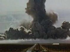 Shockwave of Atomic Bomb Impact! Must see! (Trinity and Beyond) Robert Mcnamara, Atomic Age, End Of The World, Vietnam War, Science Nature, American History, Secretary, Cuban, Outdoor