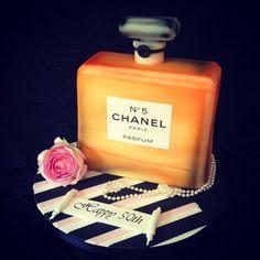 Chanel No.5 perfume cake
